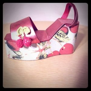 Novelty Shoe Jewelry Box with Cherries
